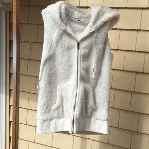 Foxy Vest